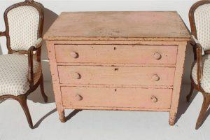 19-century-american-chest-1774