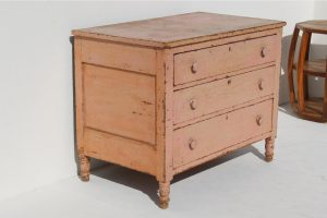 19-century-american-chest-8625
