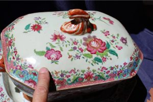 19th-c-chinese-export-tureen-with-tray-8891