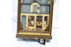 19th-century-antique-tony-duquette-french-diorama-box-lamp-5716