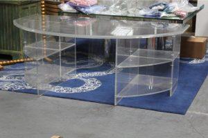 demi-lune-acrylic-lusite-desk-7713