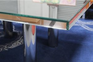 mid-century-hollywood-style-glass-mirror-dining-table-2600