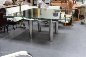 mid-century-hollywood-style-glass-mirror-dining-table-5915