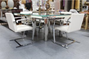 mid-century-hollywood-style-glass-mirror-dining-table-9096